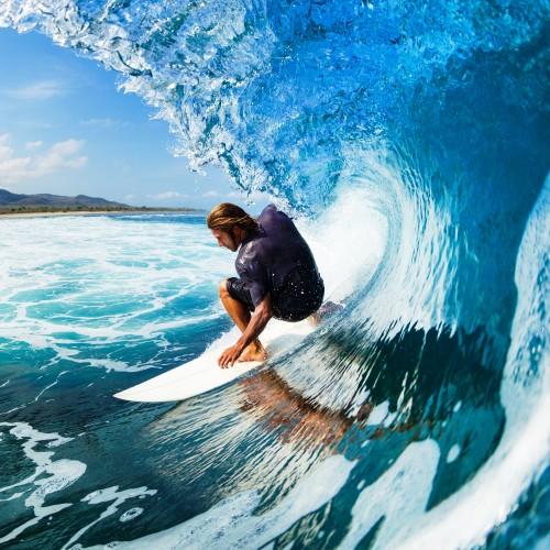 Surfer na fali - wyjazdy incentive